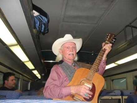 Countrymusik während der Fahrt - Dampflok an den Canyon