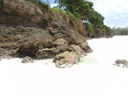 Der schneeweiße Diani Beach - Strand Diani Beach