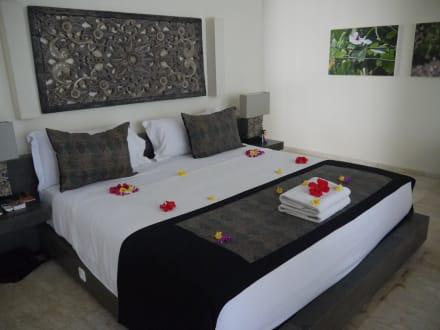 gro es bett bild kelapa retreat bali in negara bali. Black Bedroom Furniture Sets. Home Design Ideas