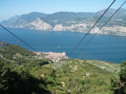 Auffahrt zum Monte Baldo - Seilbahn Malcesine - Monte Baldo
