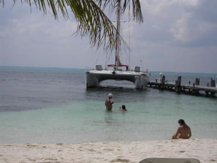 Isla Mujeres ( Katamarantour) - Katamaran Tour Isla Murjeres