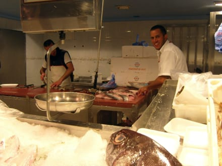 Fischgeschäft Centro Comercial San Fernando In San Fernando