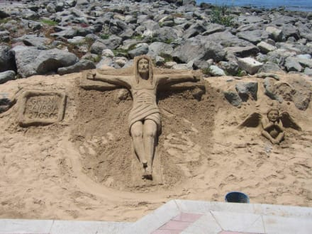 Sandfiguren - Leuchtturm