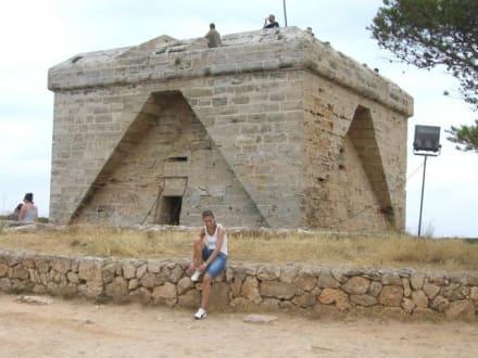 Castell De' Namer - Naturschutzgebiet Punta de n'Amer