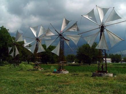 Windmühlen auf der Lassithi-Hochebene - Hochebene von Lasithi