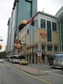 Außenansicht HRC Niagara Falls Canada - Hard Rock Cafe