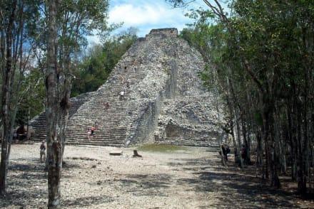 Pyramide von Cobá - Ruinenstätte Cobá