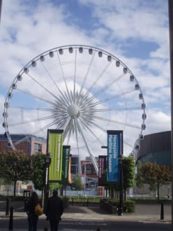 Riesenrad in Hotelnähe Hotel Days Inn City Centre Liverpool - Liverpool
