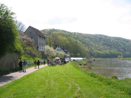 Kirschblütenfest in Rühle - Weserbergland