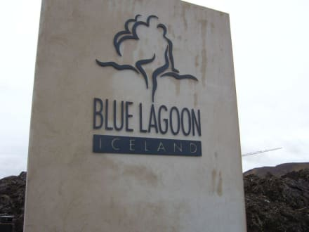 Schild Blaue Lagune - Thermalbad Blue Lagoon Island