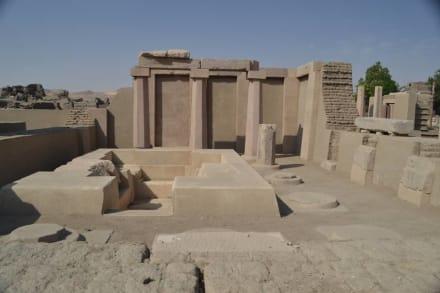 Satet-Tempel von Monthuhotep II. - Elephantine Island