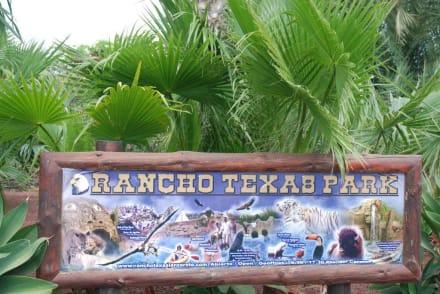 Schild im Aussenbereich - Reitschule Rancho Texas