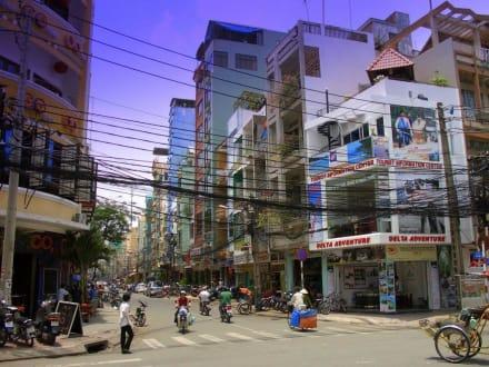Bui Vien und De Tham ( Kreuzung ) in Saigon - Stadtviertel Pham Ngu Lao