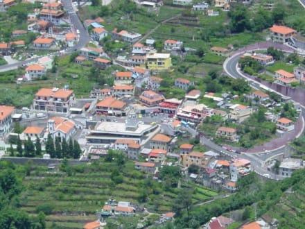 Der Marktplatz in Curral das Freiras - Restaurant Tar Mar