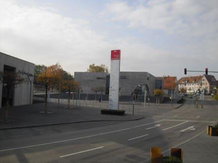 Metzingen, Outletstore - Hugo Boss Outlet Metzingen