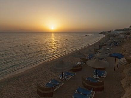 Beach - Sun set -