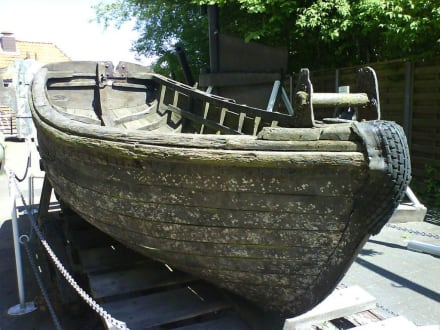 Vom Meeresboden geborgene Boote und Schiffe - Wrackmuseum