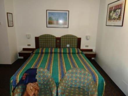 Doppelbett im Zimmer 304 - Hotel Ilma