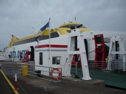 "Anleger ""Fred Olsen"" Playa Blanca nach Corralejo - Hafen Playa Blanca de Yaiza"