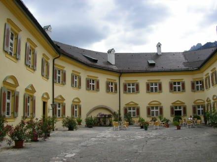 Innenhof Schloss Hohenaschau - Schloss Hohenaschau