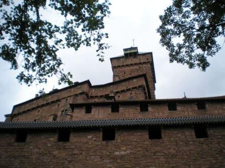 Ostseite des Wehrturms - Hohkönigsburg