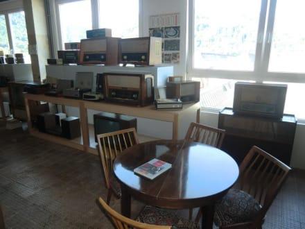 Radios und TV Geräte aus DDR Produktion - DDR Museum Thale