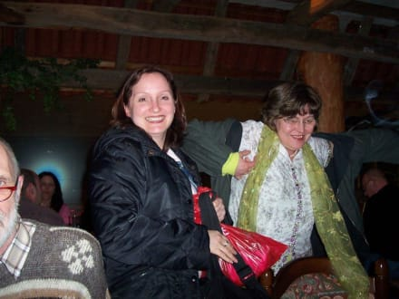 Susanne und Diana beim Aufbruch - HolidayCheck User-Treffen Nord