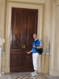 Die Tür ist nur gemalt! - Palazzo Parisio