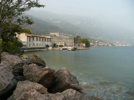 Ufer von Gargnano - Yachthafen Gargnano