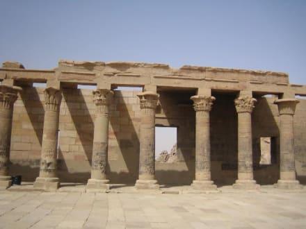 Die schöne Säulenreihe - Philae Tempel