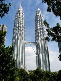 Petronas Towers - Petronas Twin Towers