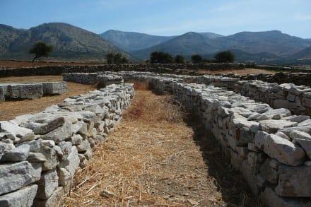 Bruchsteinmauern - Demeter-Tempel