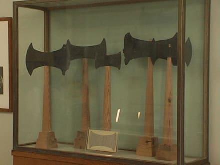 Im archäologischen Museum - Archäologisches Museum