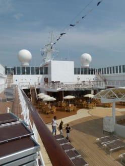 Deck 11 - MSC Armonia