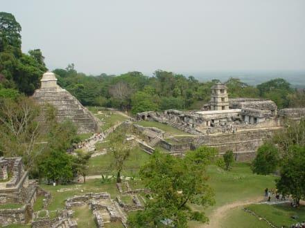 Palenque, Mexiko, Ausgrabungsstätte - Maya Pyramiden Palenque