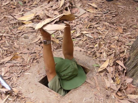 Vietcong Tunnel - Củ Chi Tunnel
