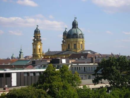 München, Theatinerkirche - Theatinerkirche