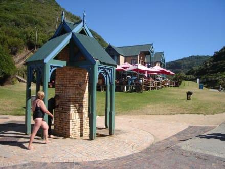 Restaurant und Duschen - Victoria Bay