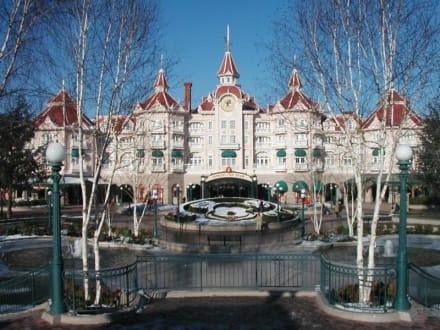 Disneyland (Paris) - Disneyland Resort Paris / Euro Disney