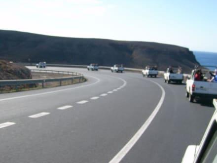 Kolonne der Jeeps - private Touren auf Fuerteventura