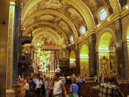 wunderschöne Kathedrale - St. John's Kathedrale