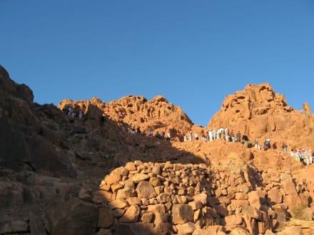 Abstieg vom Mosesberg - Mosesberg (Gebel Musa) / Berg Sinai