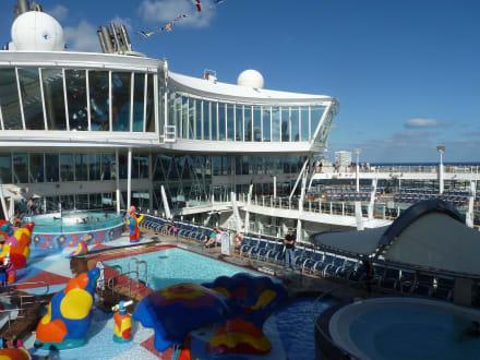 Pooldeck - Oasis of the Seas