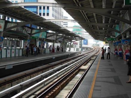 Skytrain BTS Haltestelle - Transport