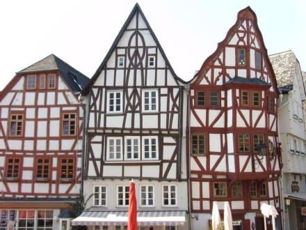 Fachwerkhäuser am Bischofsplatz - Stadtführung Limburg