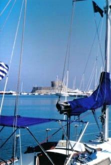 Eindruck vom Hafen - Yachthafen Mandraki