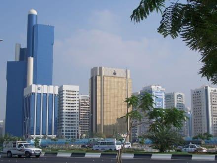 Skyline von Abu Dhabi - Skyline Abu Dhabi
