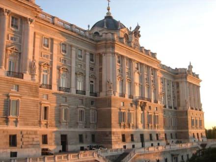 Palacio Real im Sonnenuntergang - Palacio Real