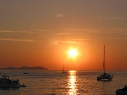 Sonnenuntergang vom Cafe del Mare aus gesehen - Cafe del Mar