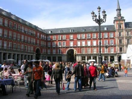 Das Herz der Stadt - Plaza Mayor